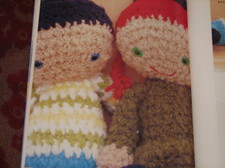 Crocheted_boy_and_girl