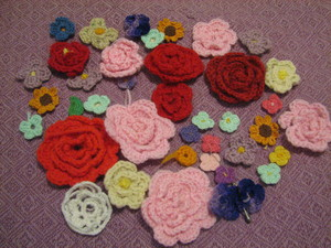 Crocheted_flowers_from_estate_sale