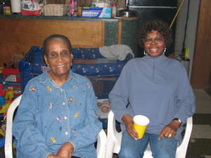 Mum_grandmother_and_aunt_esther_1